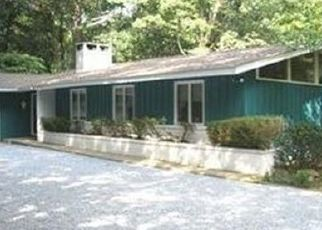 Pre Foreclosure in Woodstown 08098 HOLLY LN - Property ID: 1469978417