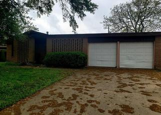 Pre Foreclosure in Corpus Christi 78415 BENTWOOD LN - Property ID: 1470210995