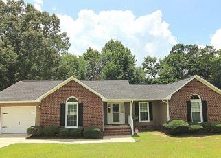 Pre Foreclosure in Fayetteville 28314 BONE CREEK DR - Property ID: 1470231123