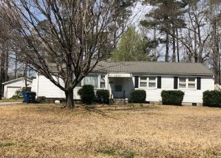 Pre Foreclosure in Jacksonville 28540 CHEYENNE RD - Property ID: 1470289377