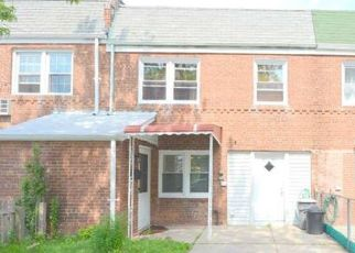 Pre Foreclosure in Flushing 11358 196TH ST - Property ID: 1470428215
