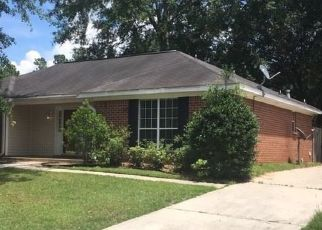 Pre Foreclosure in Semmes 36575 WOODBROOK DR - Property ID: 1470705905