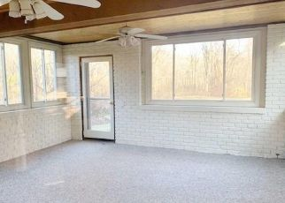 Pre Foreclosure in Monroe 06468 KNORR RD - Property ID: 1471050128