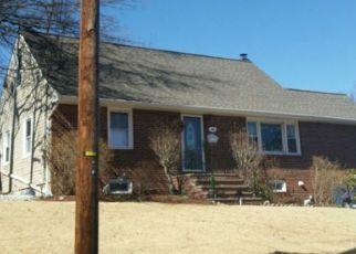 Pre Foreclosure in Emerson 07630 LINDA PL - Property ID: 1471063274