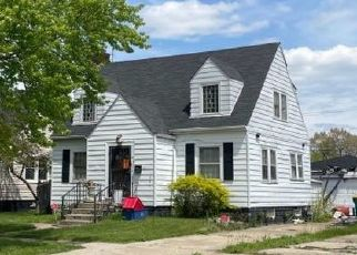 Pre Foreclosure in Gary 46408 MONROE ST - Property ID: 1471264296