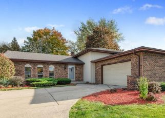 Pre Foreclosure in Schererville 46375 SIR GAWAINE DR - Property ID: 1471271766