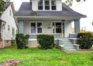 Pre Foreclosure in Louisville 40214 S 3RD ST - Property ID: 1471324754