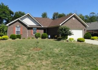 Pre Foreclosure in Jeffersonville 47130 SHADOWBROOK LN - Property ID: 1471525339