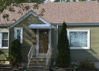Pre Foreclosure in Lansing 60438 MILLER DR - Property ID: 1471577462