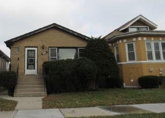 Pre Foreclosure in Chicago 60617 E 85TH ST - Property ID: 1471644470