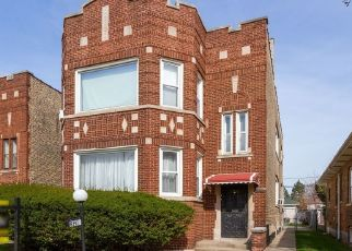 Pre Foreclosure in Chicago 60617 S PAXTON AVE - Property ID: 1471706669