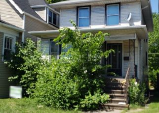 Pre Foreclosure in Forest Park 60130 HARLEM AVE - Property ID: 1471721110