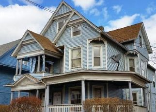 Pre Foreclosure in Hartford 06105 SARGEANT ST - Property ID: 1471909444