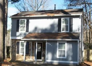 Pre Foreclosure in Austell 30168 HICKORY LOG RD - Property ID: 1472083317