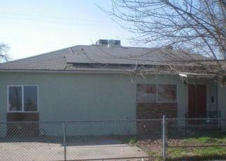 Pre Foreclosure in Fresno 93703 E CLINTON AVE - Property ID: 1472206386