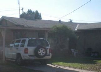 Pre Foreclosure in Fresno 93705 W HAMPTON WAY - Property ID: 1472238808