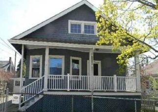 Pre Foreclosure in Fairhaven 02719 DEANE ST - Property ID: 1473584247
