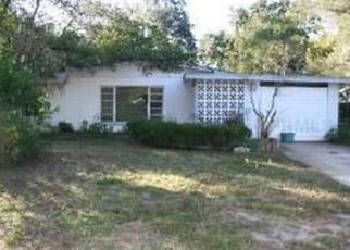 Pre Foreclosure in Brandon 33510 WHITE OAK AVE - Property ID: 1473598268