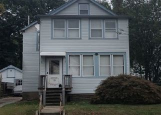 Pre Foreclosure in Bloomfield 07003 BROUGHTON AVE - Property ID: 1473670990