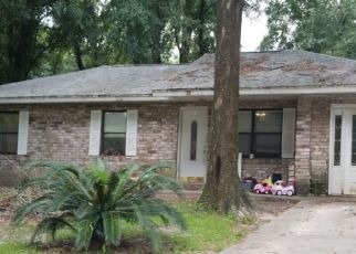 Pre Foreclosure in High Springs 32643 NW 176TH PL - Property ID: 1474119912