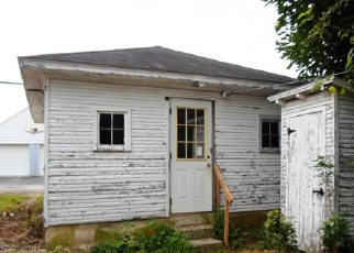 Pre Foreclosure in Hanover 17331 YORK ST - Property ID: 1474327499