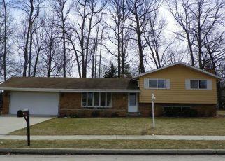 Pre Foreclosure in Sheboygan 53083 SILVER LEAF LN - Property ID: 1474350268
