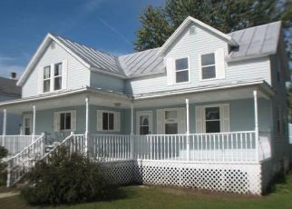 Pre Foreclosure in Lena 54139 W MAIN ST - Property ID: 1474381820