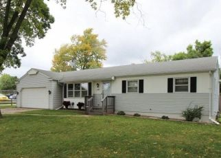 Pre Foreclosure in Green Bay 54301 BROOKRIDGE ST - Property ID: 1474403263