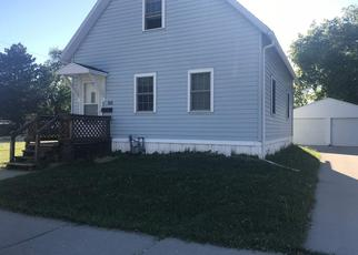 Pre Foreclosure in Green Bay 54303 15TH AVE - Property ID: 1474408976