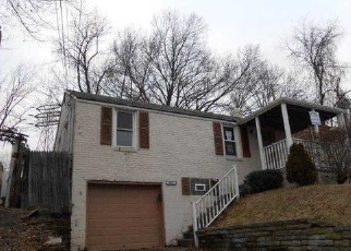 Pre Foreclosure in Pittsburgh 15227 SUNVIEW DR - Property ID: 1474458904