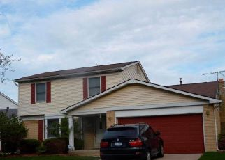 Pre Foreclosure in Livonia 48154 PERTH ST - Property ID: 1474660356