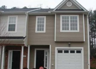 Pre Foreclosure in Apex 27502 ANTERBURY DR - Property ID: 1474812334