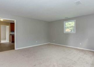 Pre Foreclosure in Newport News 23602 WOODBURY CT - Property ID: 1474877595