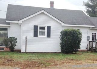 Pre Foreclosure in Urbanna 23175 FLATS RD - Property ID: 1474950295