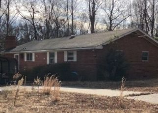 Pre Foreclosure in Sandston 23150 BOAR SWAMP RD - Property ID: 1474960817