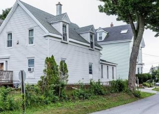 Pre Foreclosure in South Portland 04106 PINE ST - Property ID: 1475090449