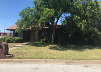 Pre Foreclosure in Fort Worth 76112 FRANWOOD TER - Property ID: 1475173221
