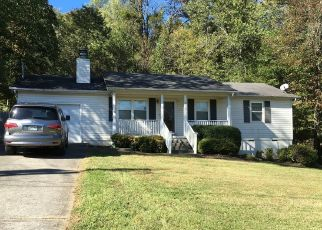 Pre Foreclosure in Knoxville 37918 BAY CIRCLE DR - Property ID: 1475234540