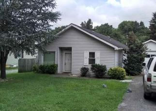 Pre Foreclosure in Kingsport 37660 ARBUTUS AVE - Property ID: 1475270906