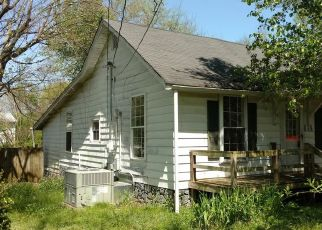 Pre Foreclosure in Shelbyville 37160 SHADRACK ST - Property ID: 1475294999