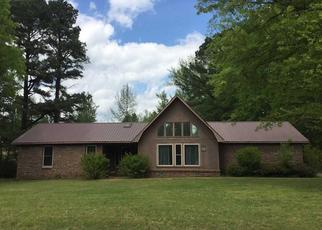 Pre Foreclosure in Adamsville 38310 FINGER LEAPWOOD RD - Property ID: 1475312956