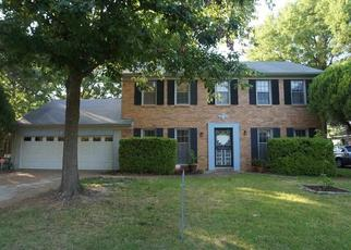 Pre Foreclosure in Memphis 38115 FOX RIDGE DR - Property ID: 1475323451