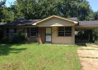 Pre Foreclosure in Memphis 38128 BLUFF WOOD CV - Property ID: 1475329139