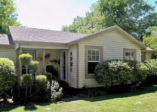 Pre Foreclosure in Fort Worth 76114 ALMENA RD - Property ID: 1475349741