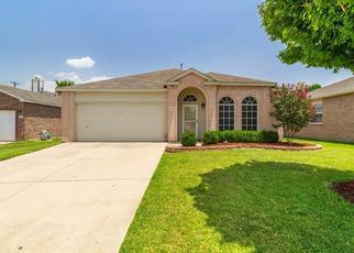 Pre Foreclosure in Grand Prairie 75052 WINDING TRL - Property ID: 1475363304