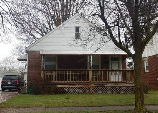 Pre Foreclosure in Akron 44306 ALLENDALE AVE - Property ID: 1475375124