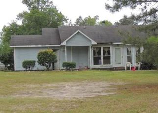 Pre Foreclosure in Hope Mills 28348 ISLAND VIEW DR - Property ID: 1475578803