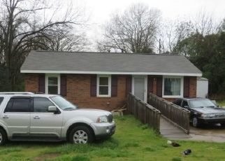 Pre Foreclosure in Anderson 29624 CRESCENT DR - Property ID: 1475609450
