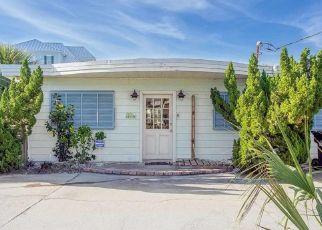 Pre Foreclosure in Gulf Breeze 32561 VIA DE LUNA DR - Property ID: 1475704491