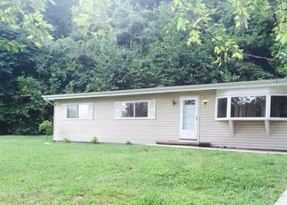 Pre Foreclosure in Caseyville 62232 BROOKSIDE DR - Property ID: 1475778513